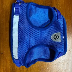 Blue mesh reflective cat harness size L